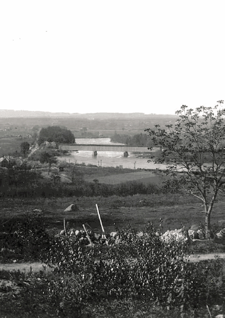 A bridge over the Merrimack River, circa 1890
